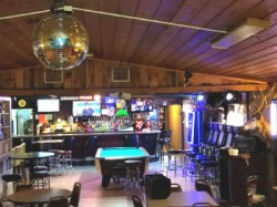 CAPTN-RAE'S Sports Bar & Grille